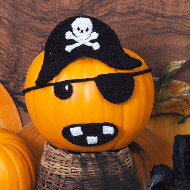 Red Heart Jolly Roger Pirate Pumpkin in color