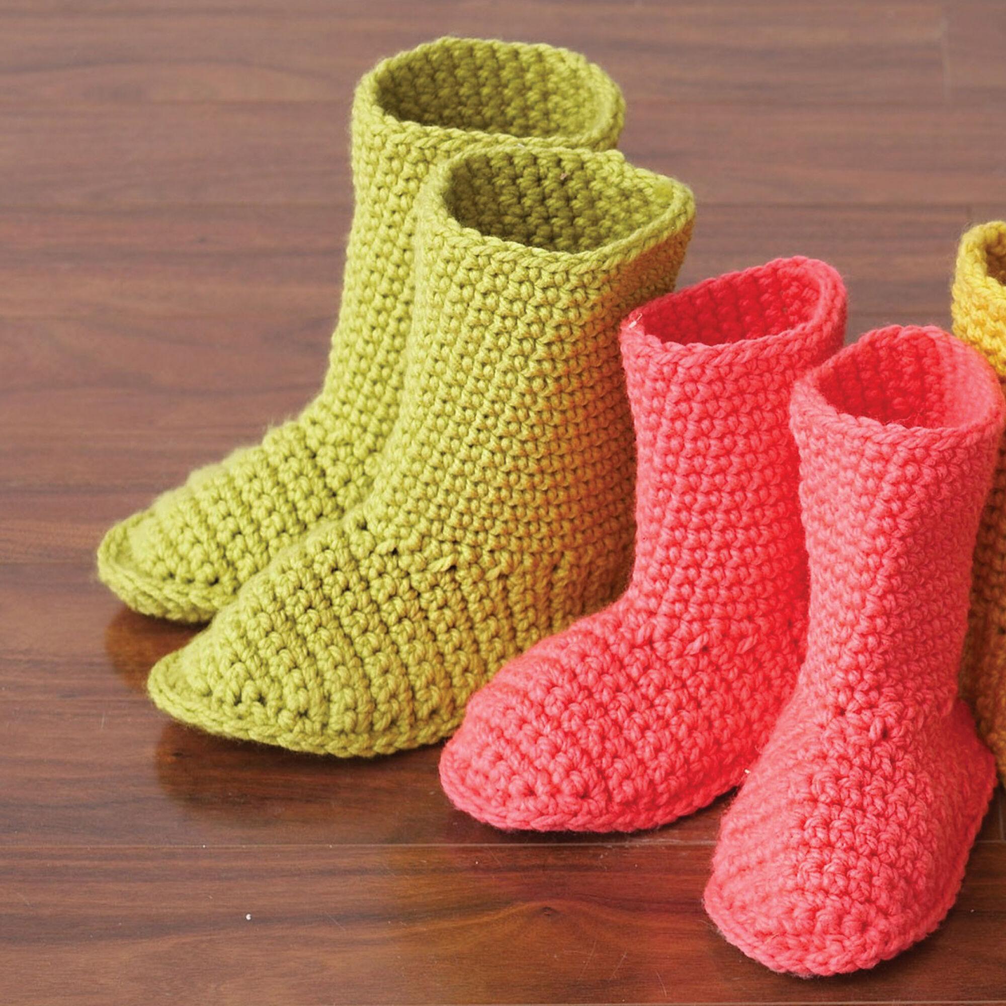 Bernat Slipper Boots, Pink - Size XS | Yarnspirations