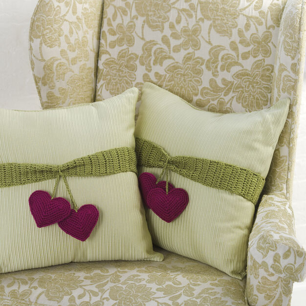 Red Heart Heart-to-Heart Pillow Trim in color