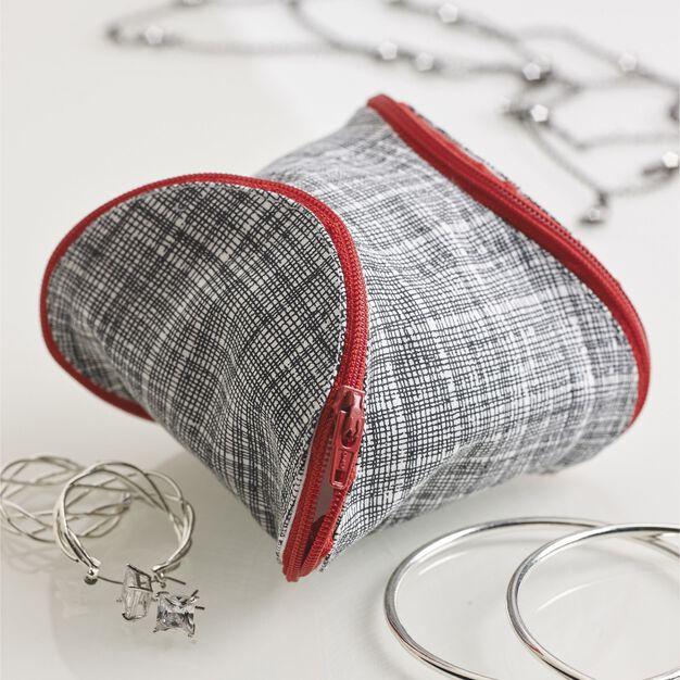 Coats & Clark Puzzle Piece Pouch in color