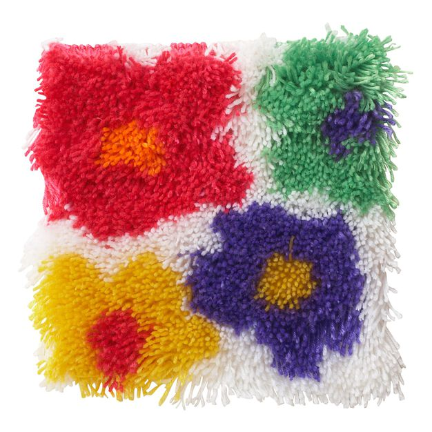 Wonderart Shaggy Flowers Kit 12x12 in color