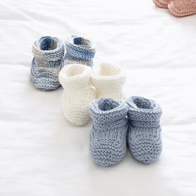 Bernat Baby's Booties, 3 mos