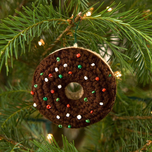 Red Heart Doughnut Ornament in color