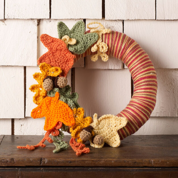 Red Heart Autumn Leaves Wreath in color