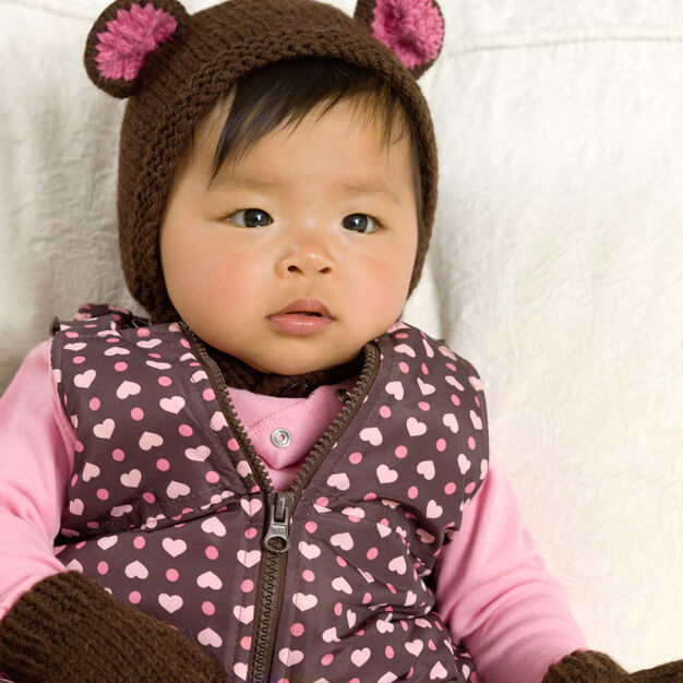 Red Heart Bear Cub Hat & Mitts, Newborn in color