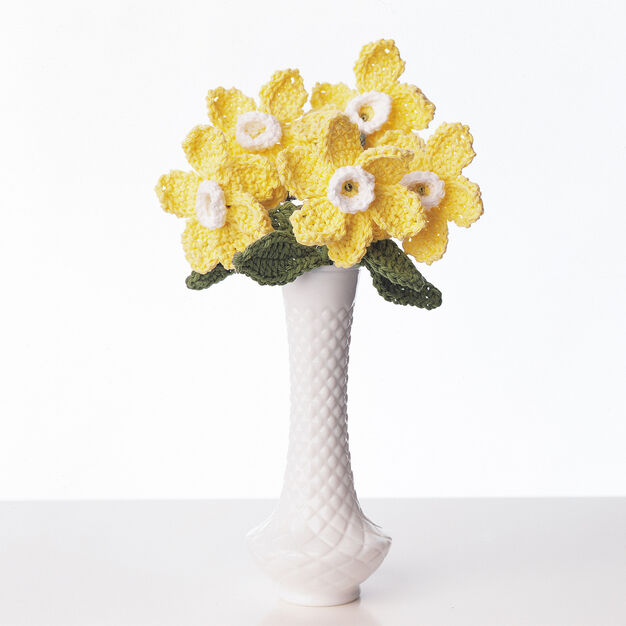 Bernat Daffodil Crochet Bouquet in color