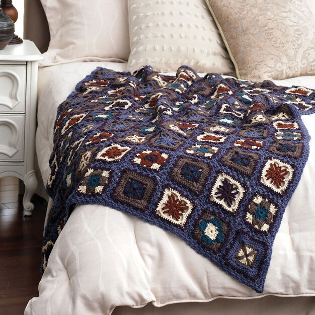 Bernat Lacy Grannies Throw