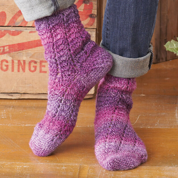 Patons Twisting Lace Socks, S in color