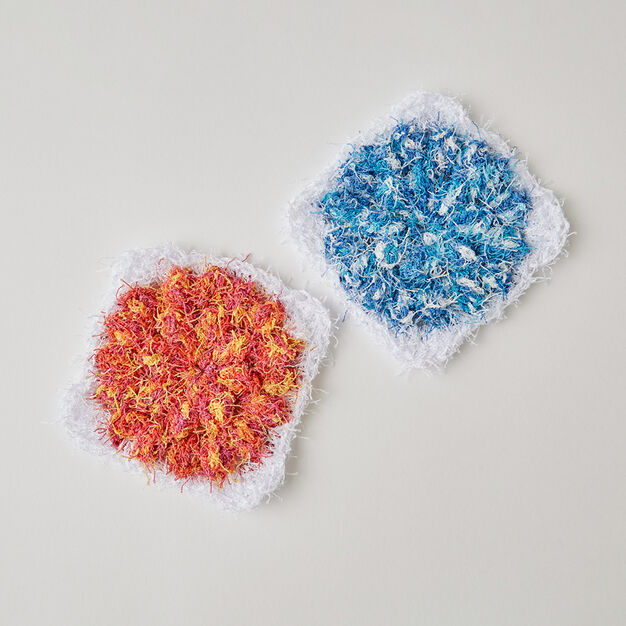 Red Heart Floral Popcorn Scrubby