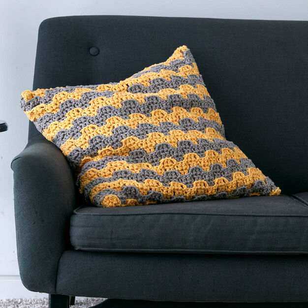 Bernat Step Up Pillow in color