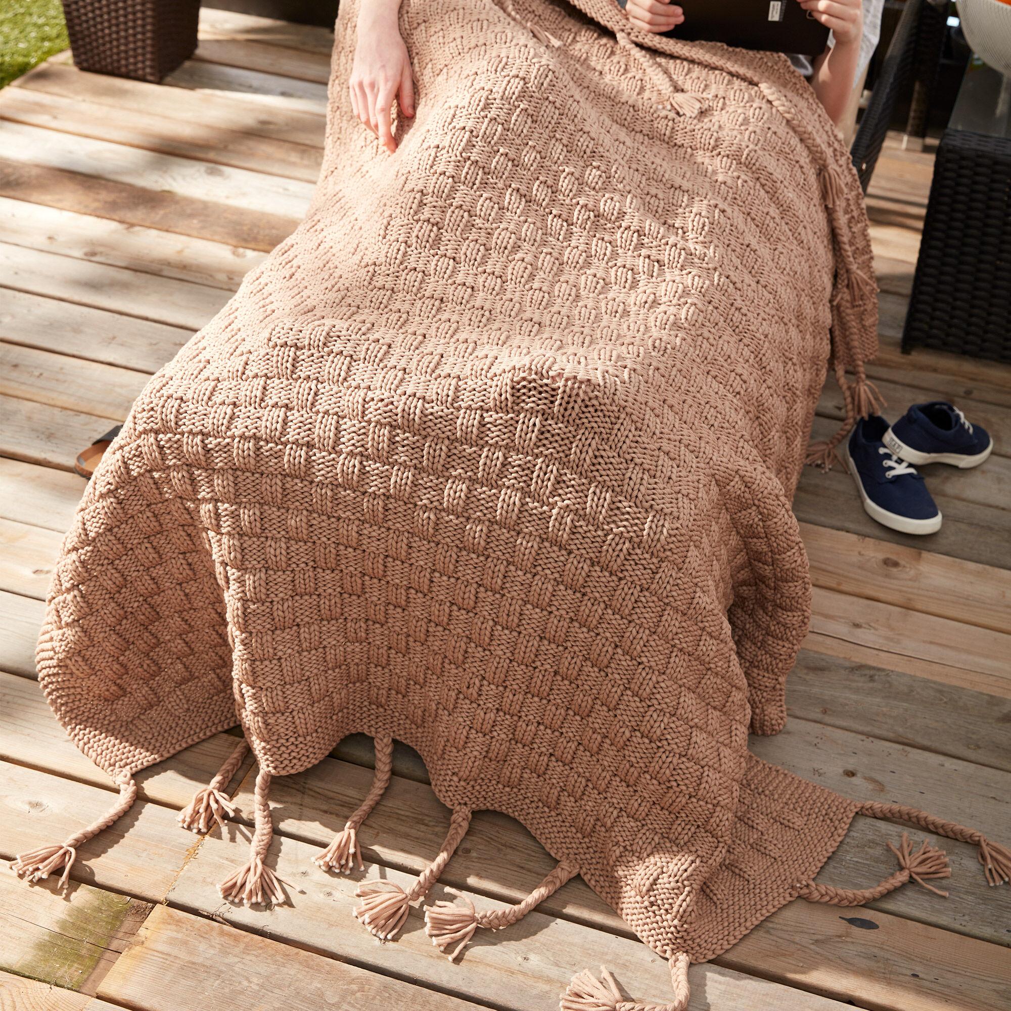 Bernat Basketweave Knit Throw Pattern | Yarnspirations