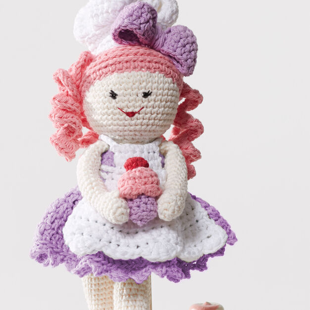 Lily Sugar'n Cream Baker Lily Doll in color