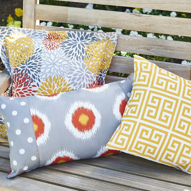 Coats & Clark Knife Edge Pillows in color