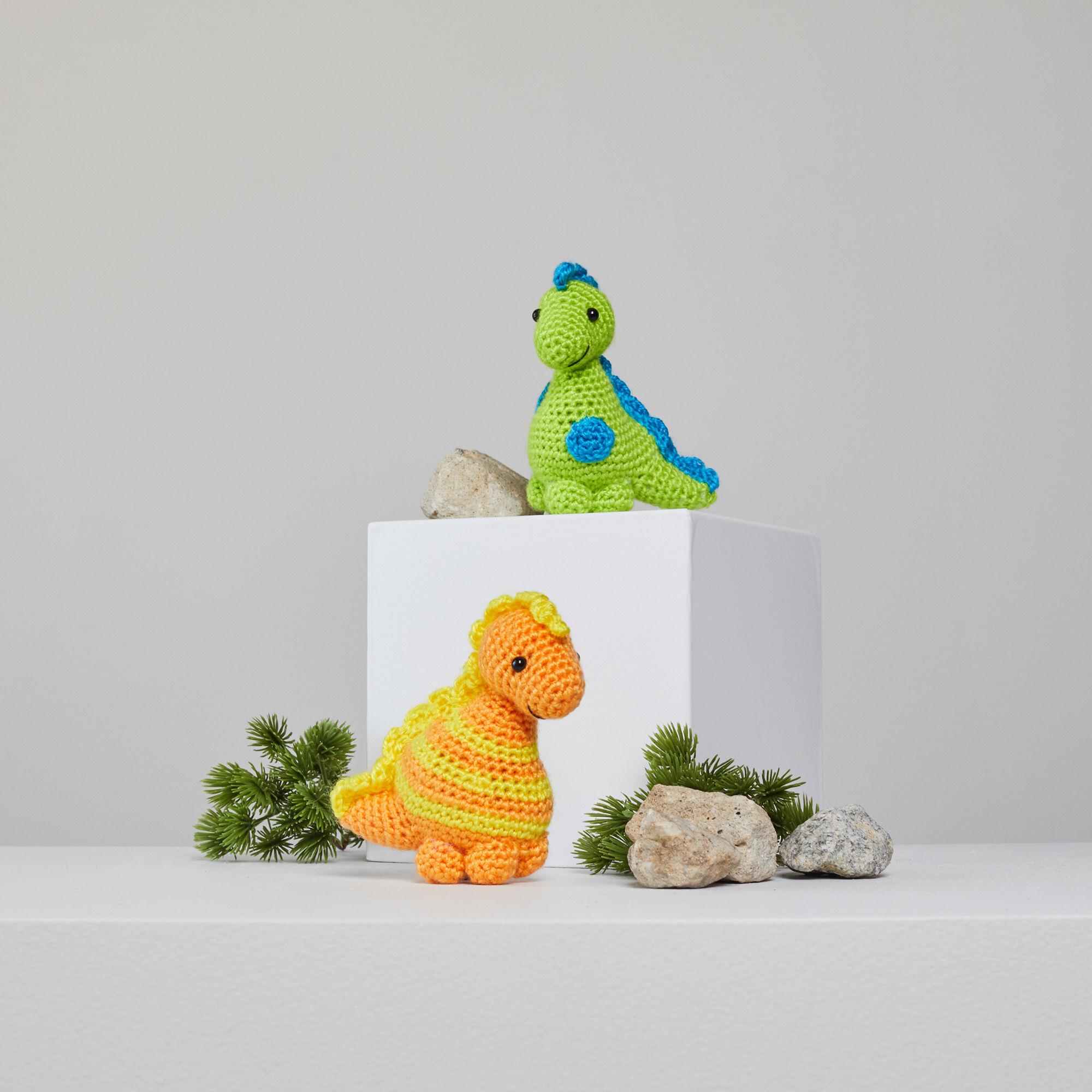 Triceratops Amigurumi Free Dinosaur Crochet Pattern ⋆ Crochet Kingdom | 2000x2000