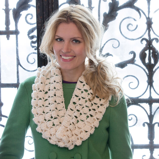 Red Heart Infinite Shells Cowl in color
