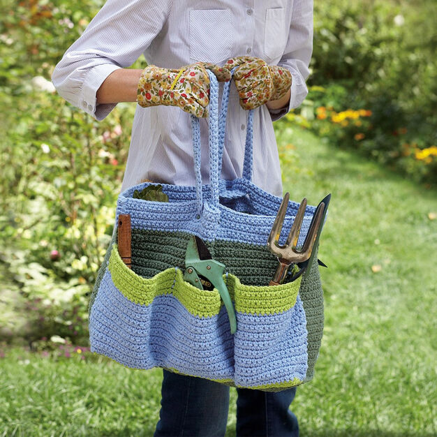 Lily Sugar'n Cream Garden Tote Bag in color