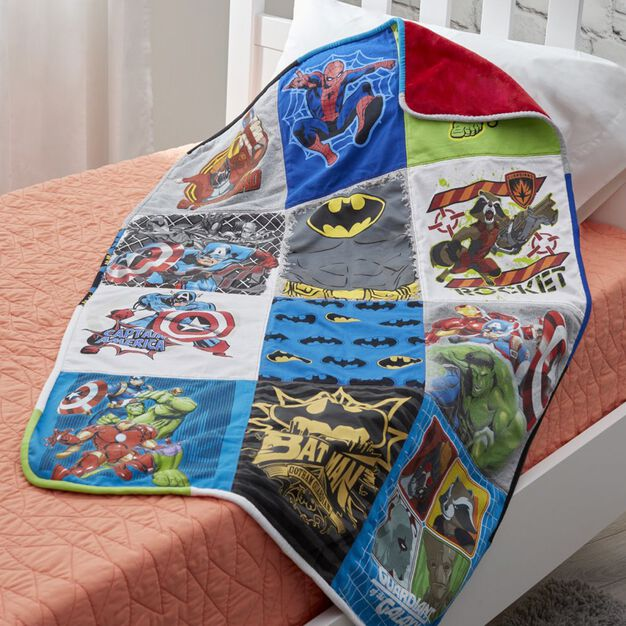Coats & Clark Cuddly T-Shirt Quilt in color