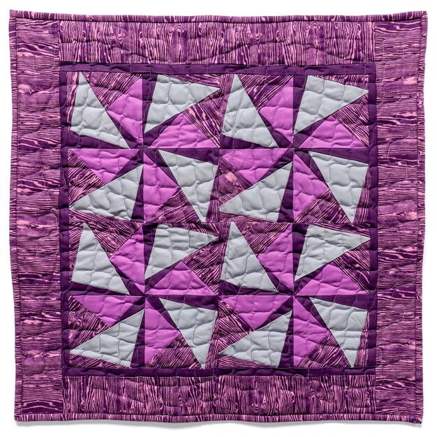 Dual Duty Motion Quilt in color