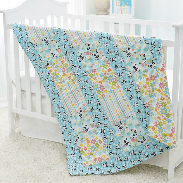 Dual Duty Ups-a-Daisy Panda Baby Quilt in color