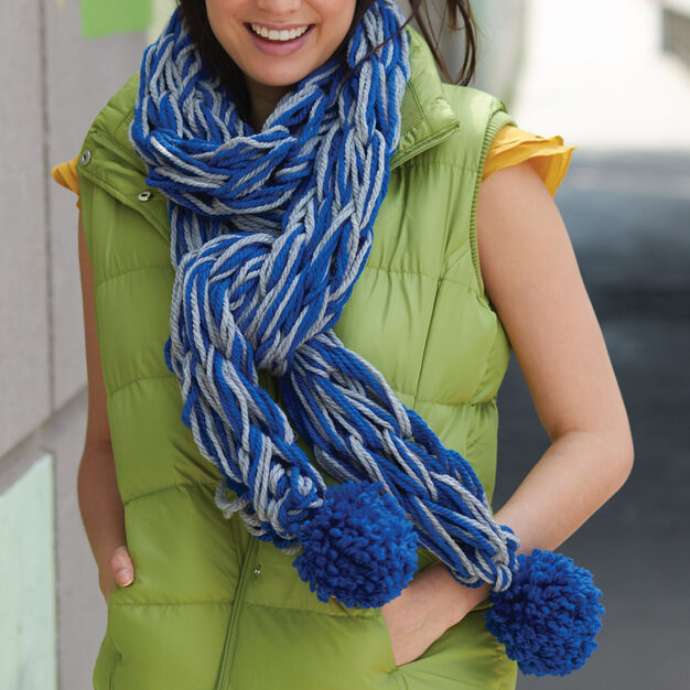 Bernat Arm Knit School Spirit Scarf in color