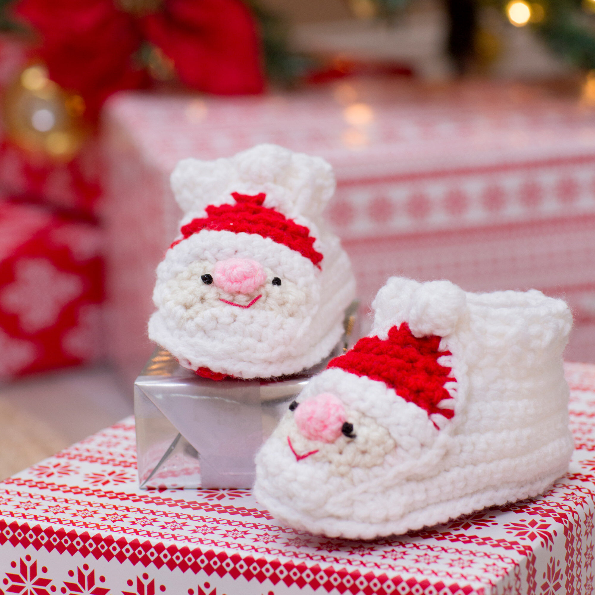 Red Heart Child's Santa Slippers