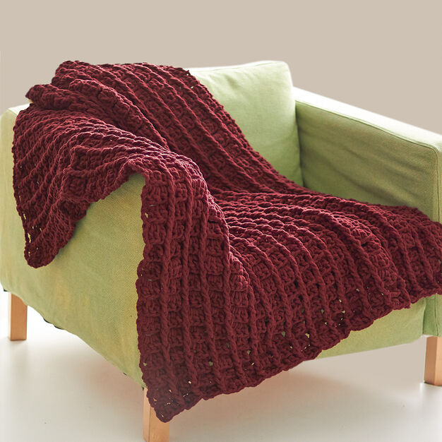 Bernat Bricks Blanket, Red in color