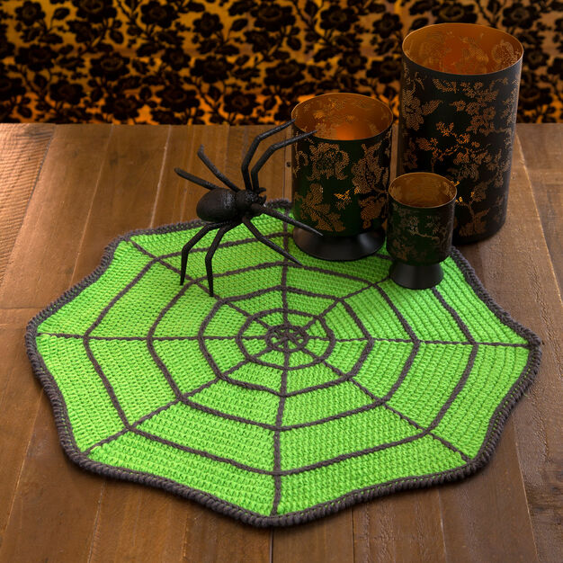 Red Heart Spider Web Table Mat