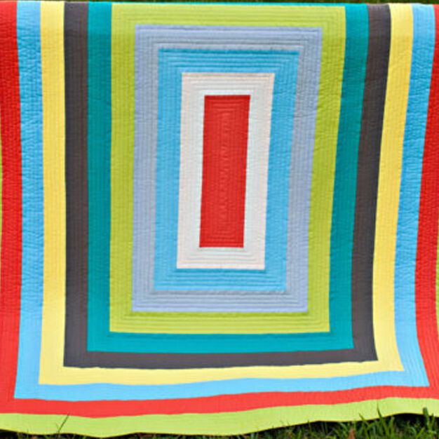 Dual Duty Around the World Quilt in color