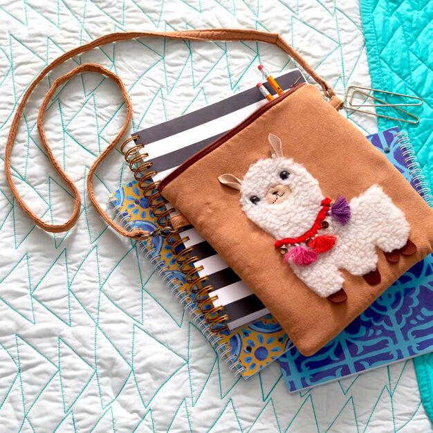 Coats & Clark Little Llama Bag in color