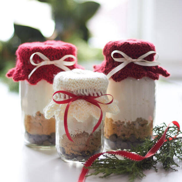 Caron Gift Jar Toppers, Harvest Red