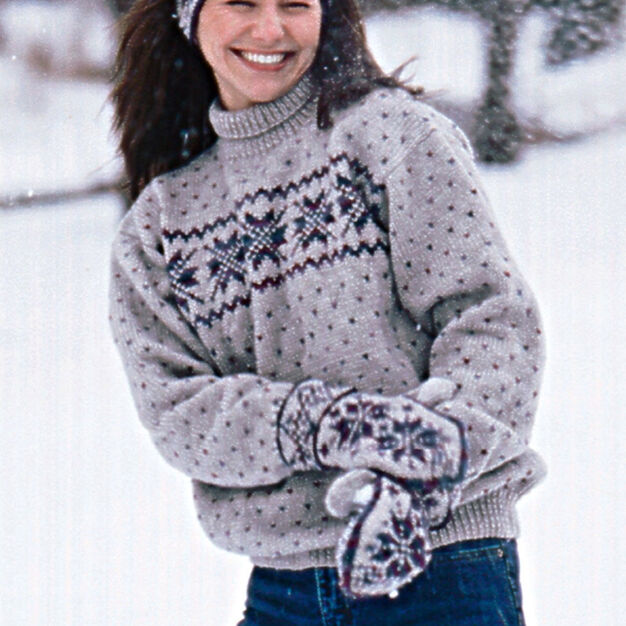 Patons Snowflake Pullover, Long - S in color