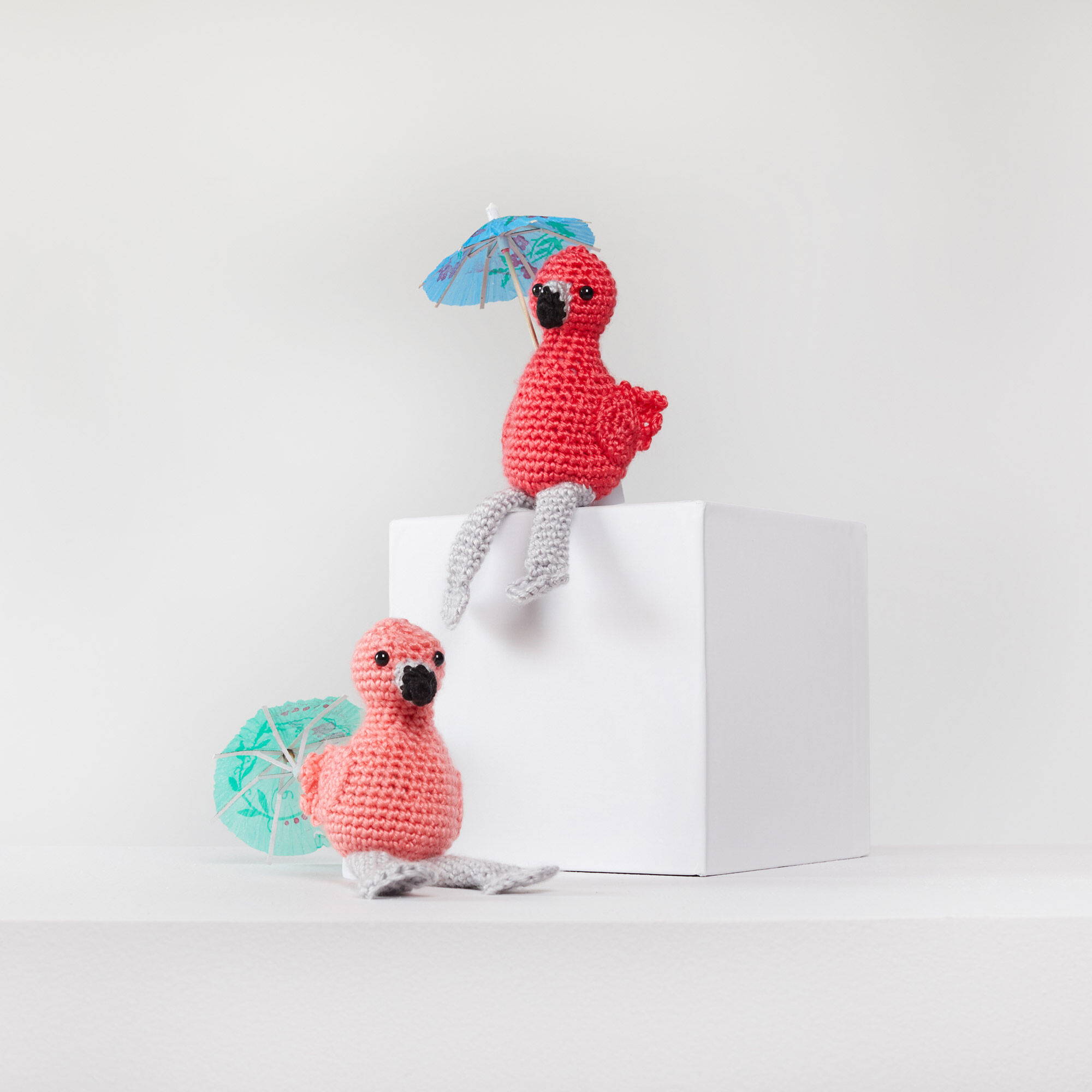 This sweet baby flamingo would look... - Amigurumi Today - Free ... | 2000x2000