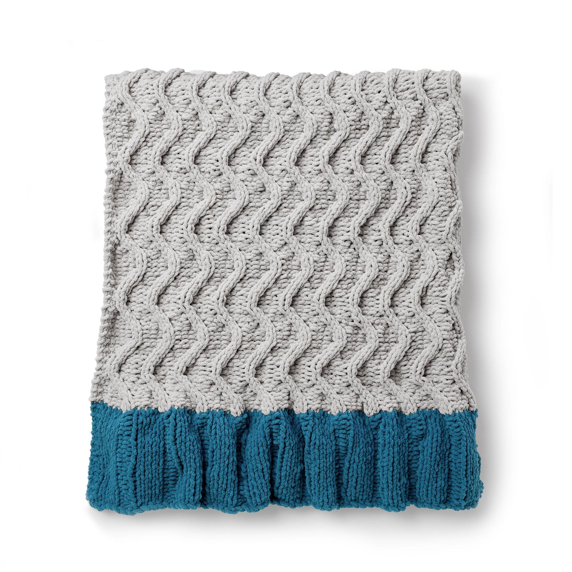 Bernat Zig-Zag Dip Knit Blanket Pattern | Yarnspirations