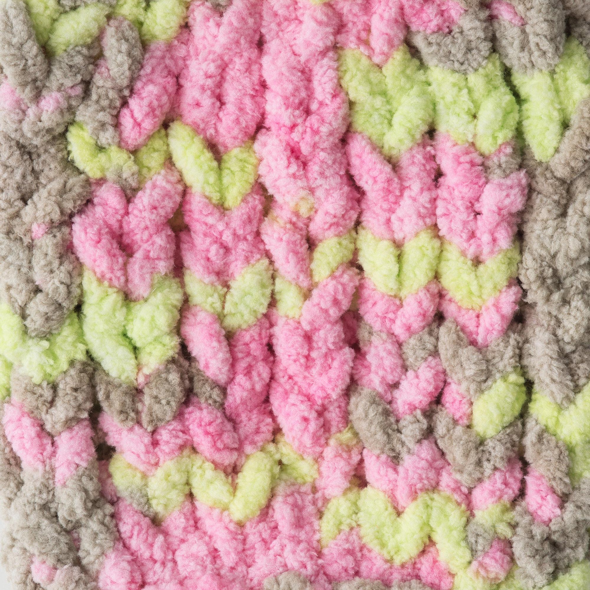 Bernat Baby Blanket 10.5 oz  Little Girl Dove