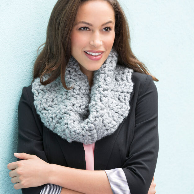 Red Heart Classic Chunky Cowl in color