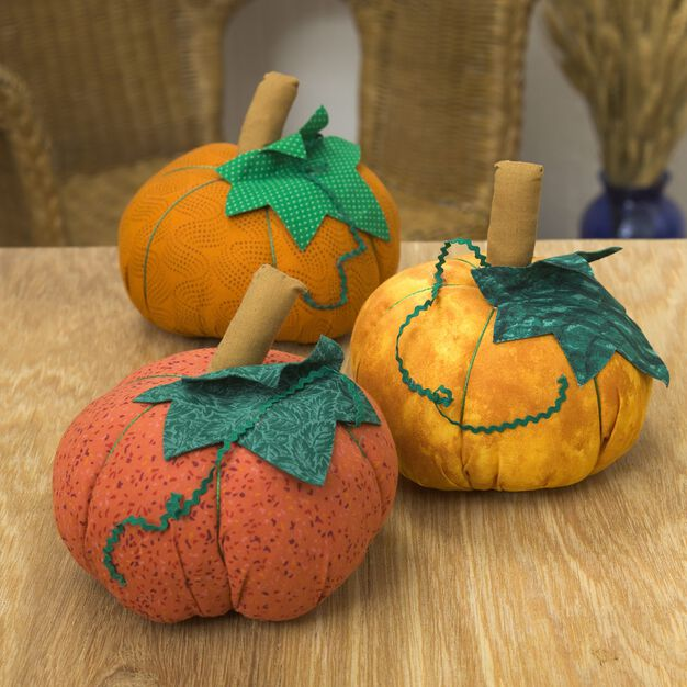 Dual Duty Pumpkin Patch Pincushion in color