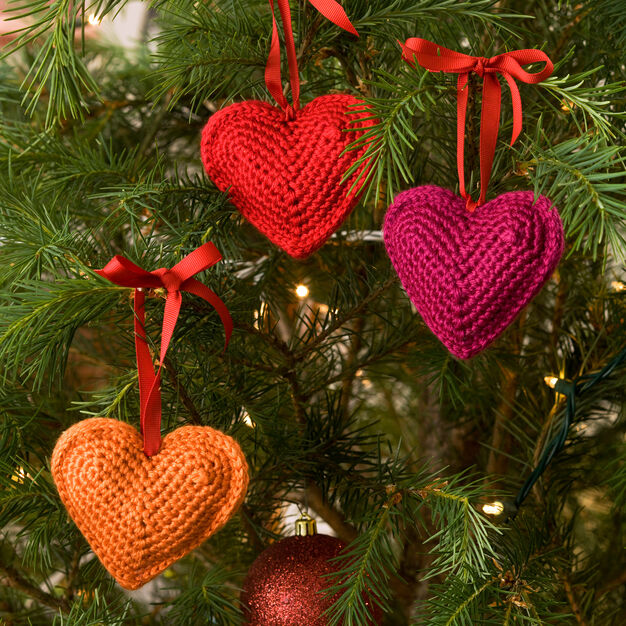 Red Heart Decorative Hearts Ornaments in color