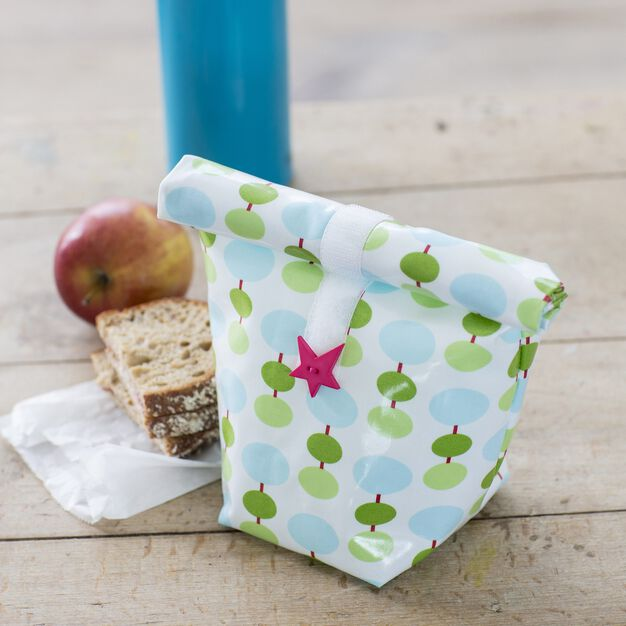 Dual Duty Lunch Bag in color