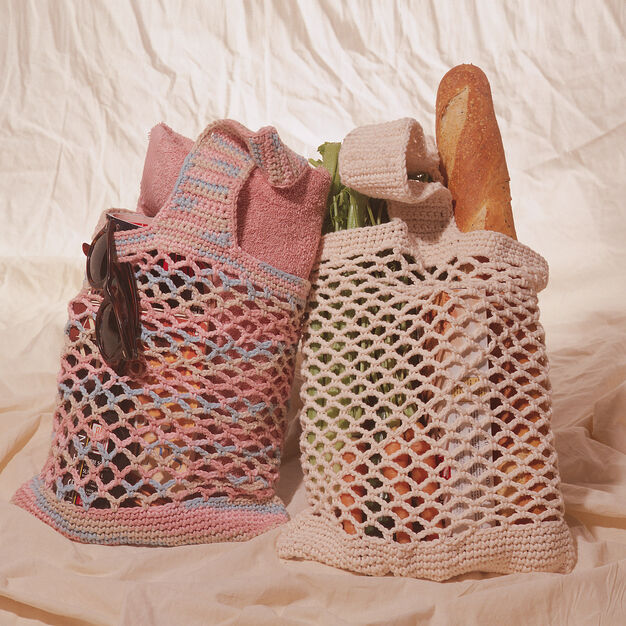 Bernat String Market Bag in color