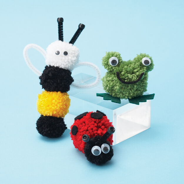 Bernat Pompom Critters, Frog in color
