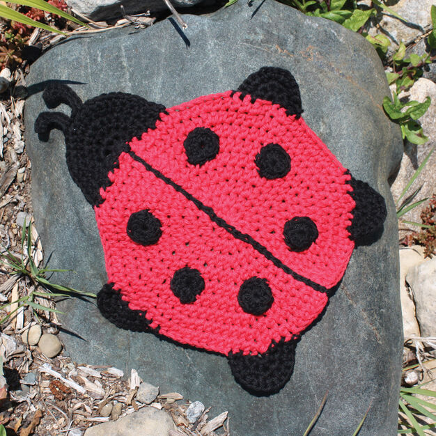 Lily Sugar'n Cream Ladybug Dishcloth in color