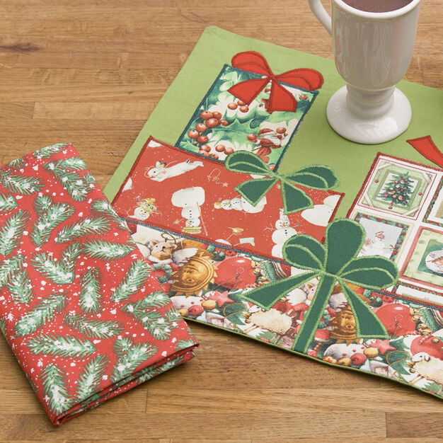 Coats & Clark Pretty Packages Placemat & Napkin in color