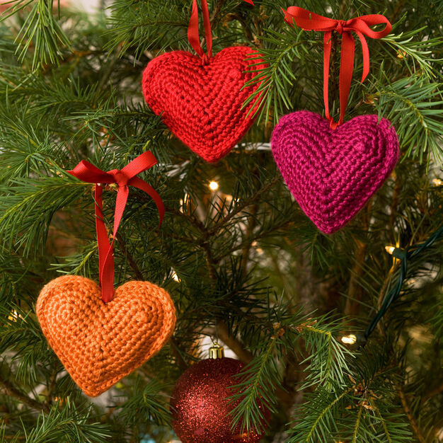 Red Heart Tree Hearts in color