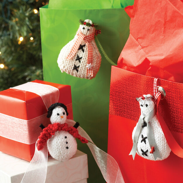 Lily Sugar'n Cream Snowmen Ornaments, Knit Scarf Snowman in color