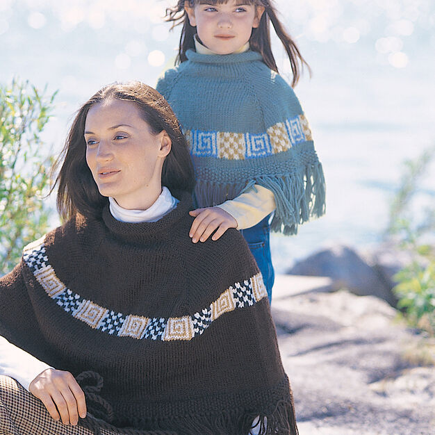 Patons Peruvian Spirit Poncho, Woman in color