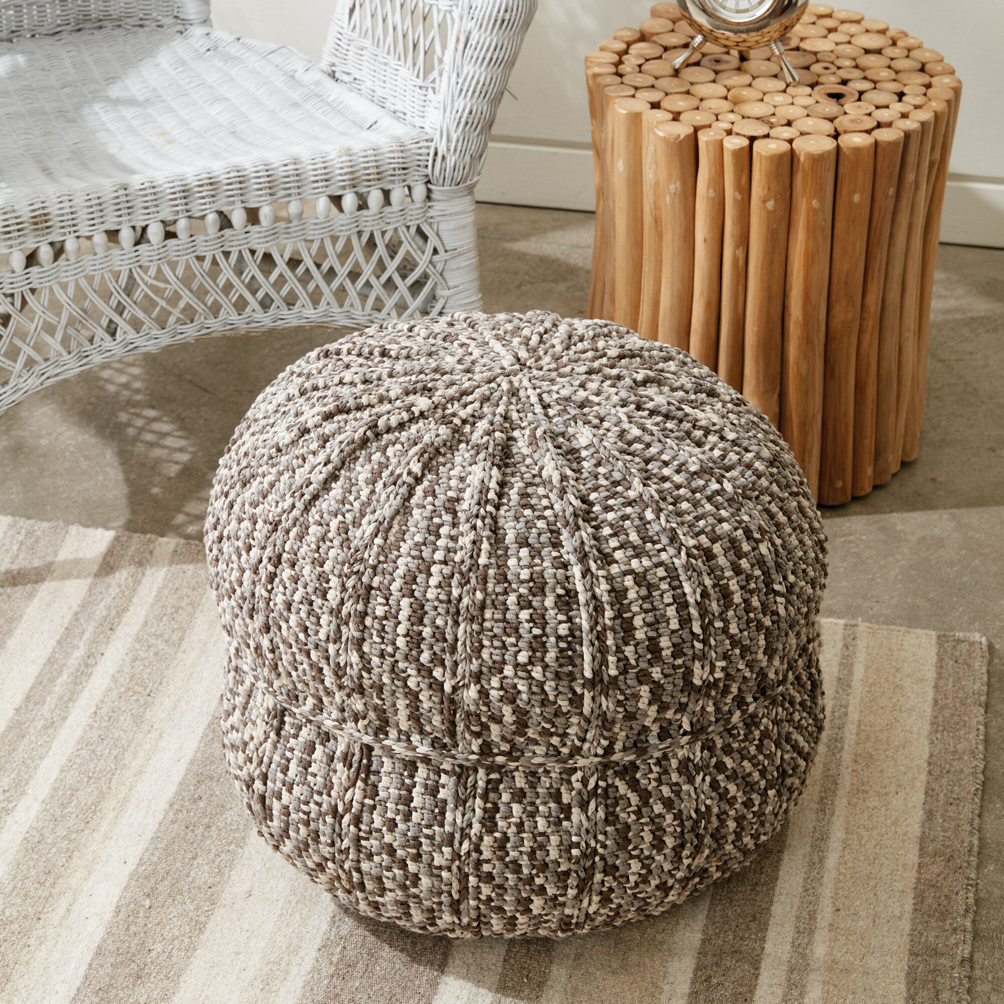 Bernat Wheel Spokes Crochet Pouf | Yarnspirations