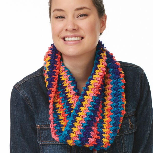 Bernat Faux Popcorn Cowl in color