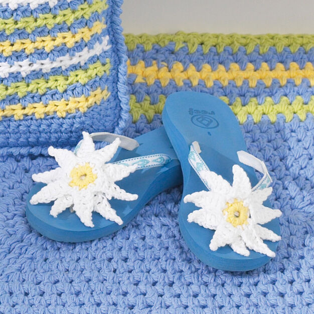 Bernat Flip Flops With Daisies in color