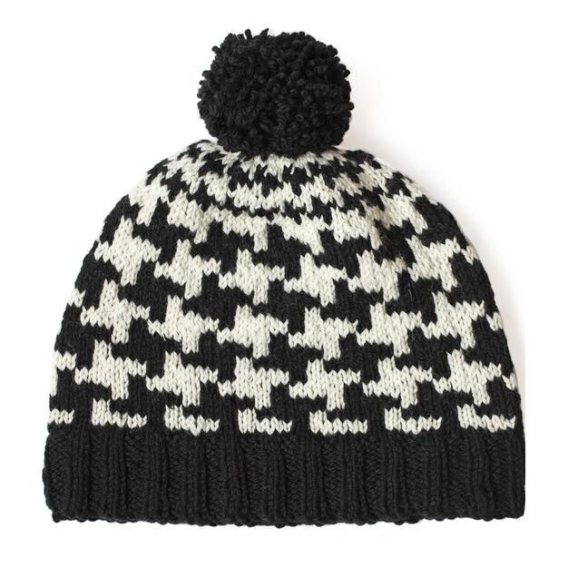Patons Send in the Hounds(tooth!) Hat in color