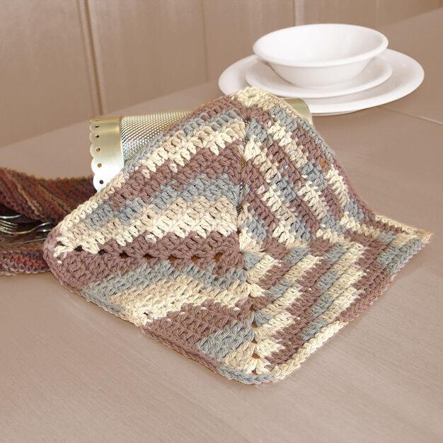 Lily Sugar'n Cream Granny Dishcloth in color